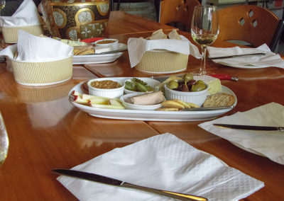 winery tours hawkes bay - food